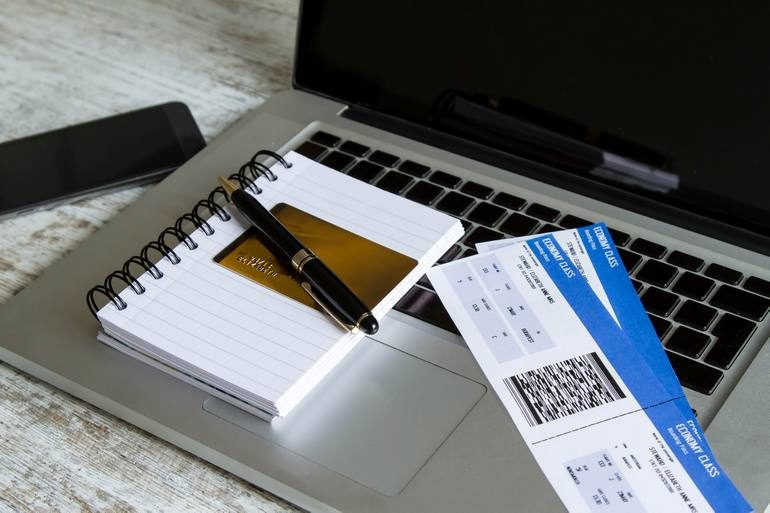 Приобретение и бронирование авиабилетов в режиме онлайн