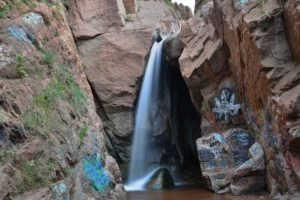 Радужный водопад (США)