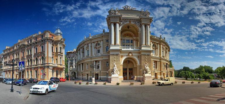 Собираетесь на море? Прекрасный город Одесса ждет вас!