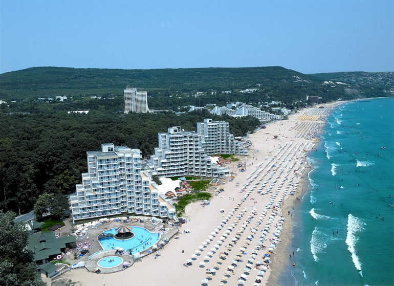 Как организовать самостоятельный отдых в Болгарию?