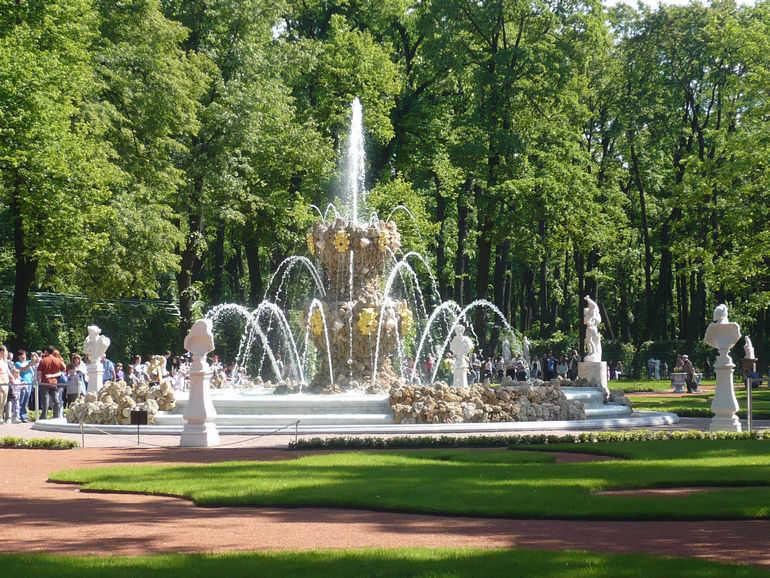 Летний сад в Санкт Петербурге (Россия)