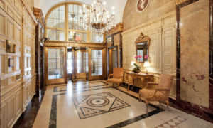 The Sherry Netherland Hotel: 38 этажный апарт отель Нью Йорка