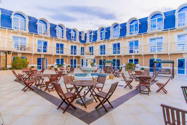 Отель Арго в Алуште (Крым)