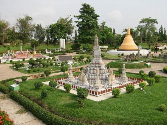 Красивые места Таиланда: парк Мини-Сиам в Паттайе