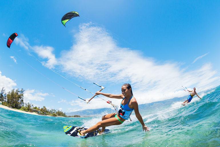 Адлер – отличный курорт для любителей пляжного отдыха