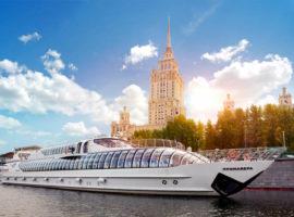 Теплоход в Москве для туристов