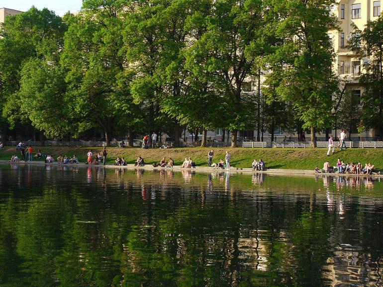 Патриаршие пруды. Москва
