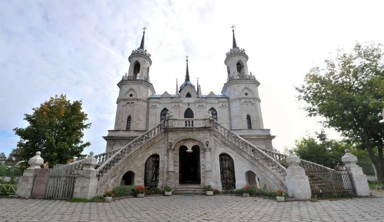 Английские достопримечательности русских столиц