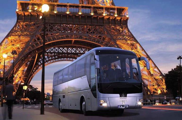 Автобусом по европе новый год