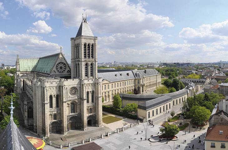Базилика Сен-Дени Париж Франция фото