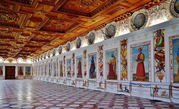 Замок Амбрас - достопримечательности Инсбрука