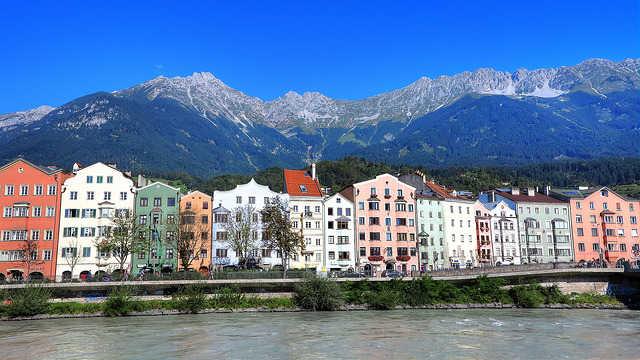 Набережная реки Инн - достопримечательности Инсбрука