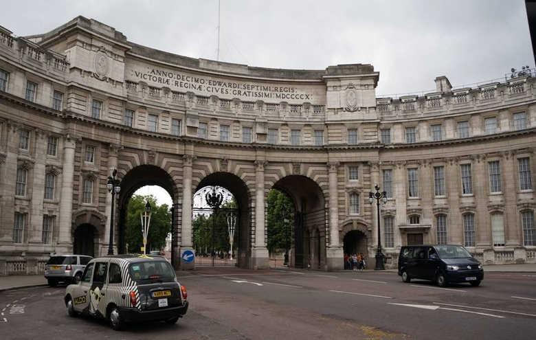 Адмиралтейская арка в Лондоне