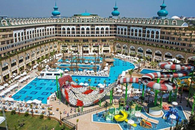 Отель Crystal Sunset Luxury Resort & Spa