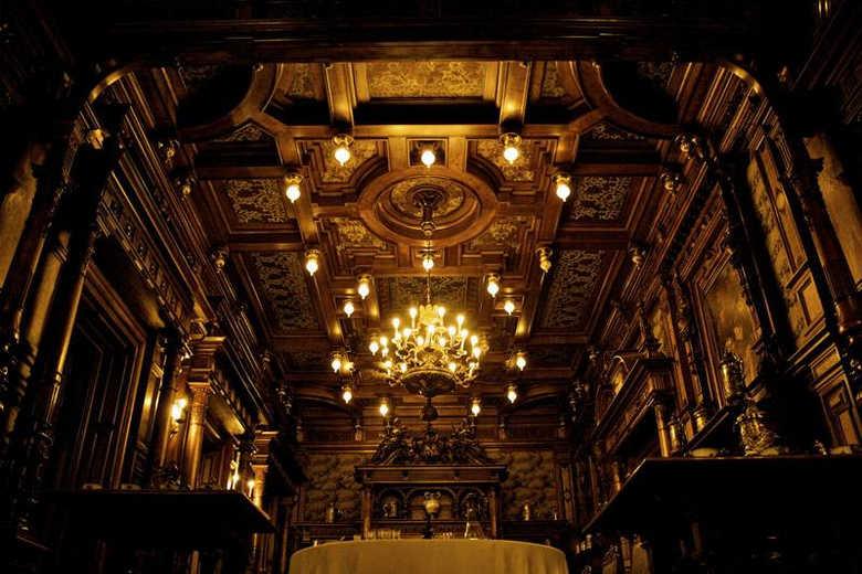 Фото Замок Пелеш в Румынии