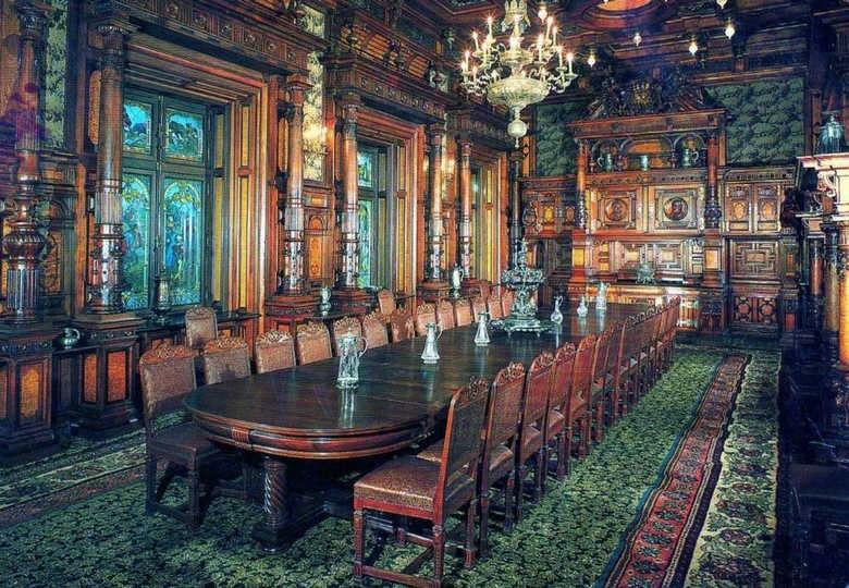 Фото Замок Пелеш зал для совещаний