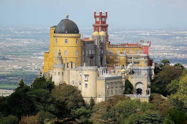 дворец Пена в Португалии фото