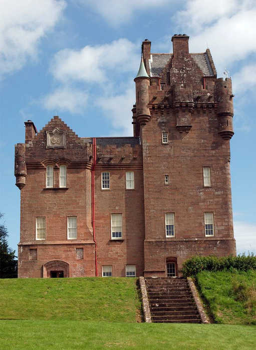 замки Шотландии замок Бродик фото