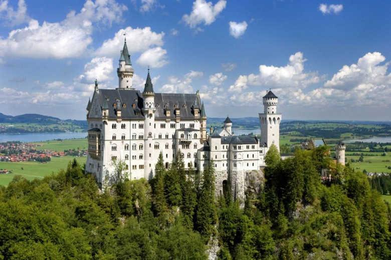 замок нойшванштайн бавария Германия фото 2