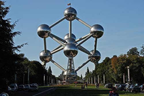 Атомиум Брюссель Бельгия фото