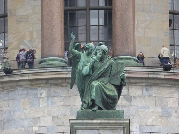 Скульптура на Исаакиевском соборе
